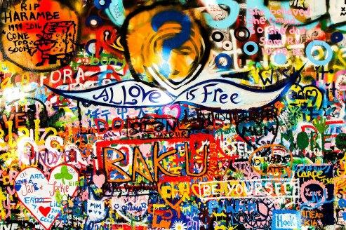wall-1606575_1920.jpg