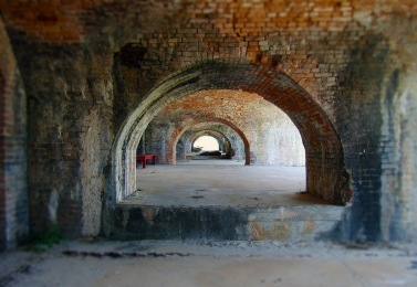 Fort Piokens tunnel-1572456_1920